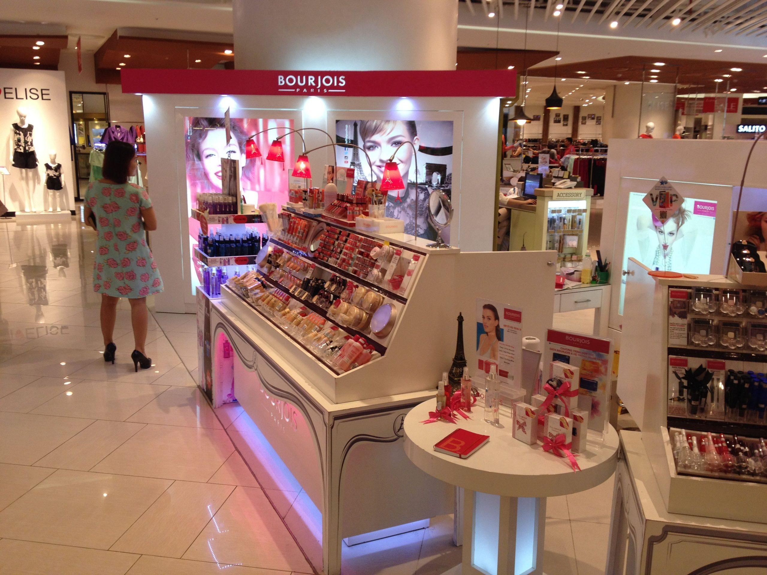 sklep z kosmetykami Bourjois Paris